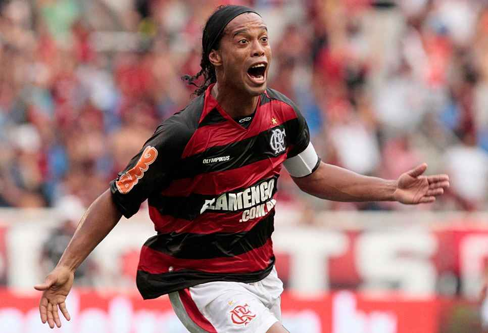Top 10 Best Active Free Kick Takers in Soccer, ronaldinho free kick, brazilian all time legend