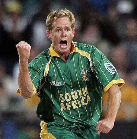 Top 10 Greatest All-Rounders in Cricket of all-time, Shaun Pollock
