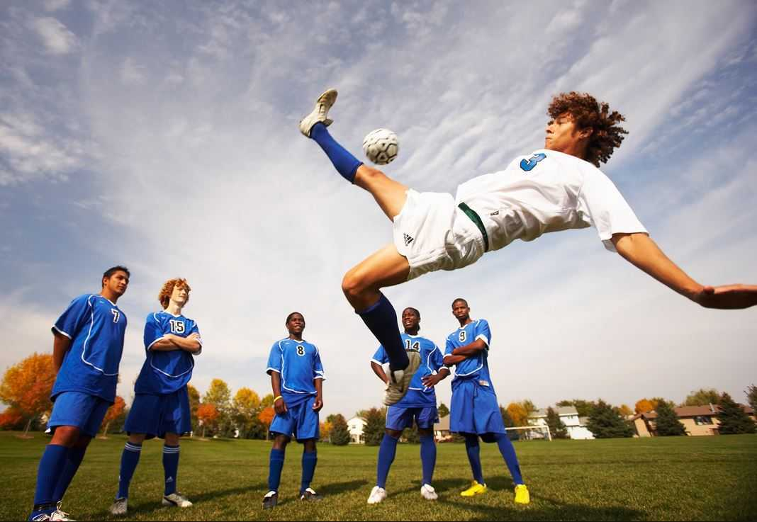 Top 10 Highest Paying Sports in the World 2015, SOCCER
