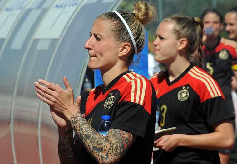 Top 10 Players at the 2015 Women's World Cup, Anja Mittag, Germany