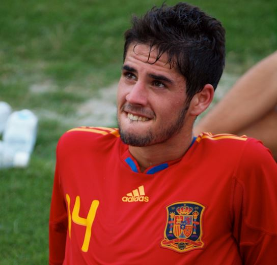 5 Potential replacements of Xavi in Barcelona, Isco