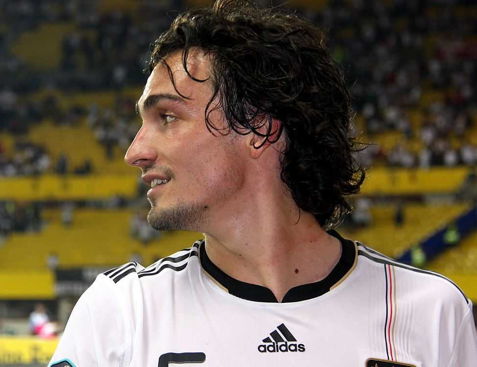 Manchester United Transfer News: Mats Hummels and Mario Mandzukic Transfer Rumors, Mats Hummels