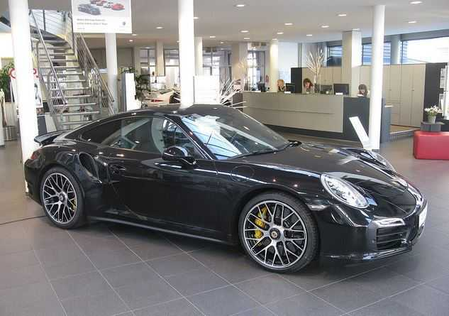 Porsche 911 Turbo S, Cristiano new car