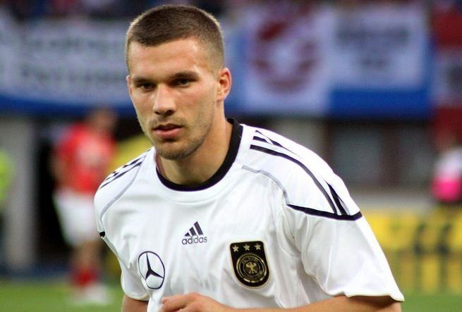 lucas podolski, lukas podolski latest news, germany podoverrated football players, top 10 overrated football players, top 10 football players 2012, professional football playersolski