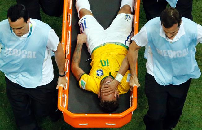 brazil football, neymar foul, neymar injury