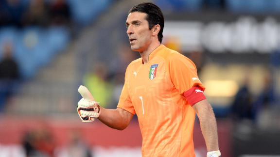 Gianluigi Buffon, top 10 best goalkeepers, best goalkeepers in the world, best goalkeeper ever, great goalkeepers