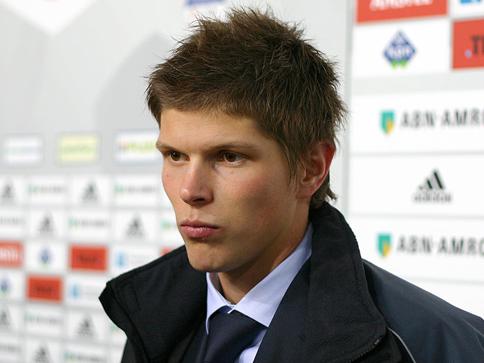 huntelaar, overrated football players, top 10 overrated football players, top 10 football players 2012
