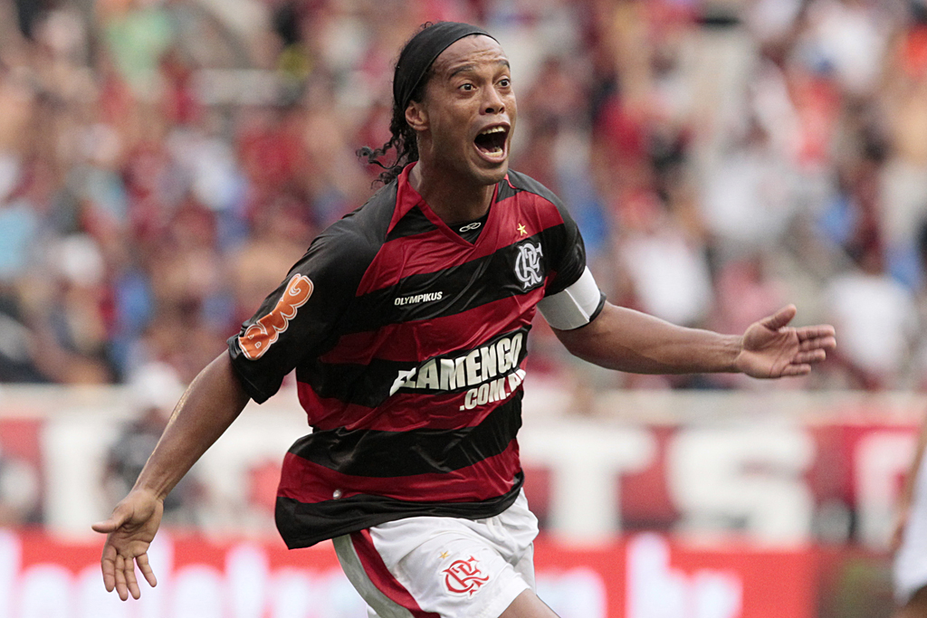 ronaldinho, overrated football players, top 10 overrated football players, top 10 football players 2012
