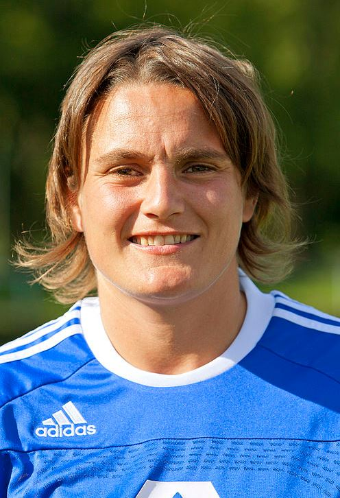 Top 10 Famous Female Soccer Players of All Time, Nadine Angerer, best woman player, soccer star, german women soccer player