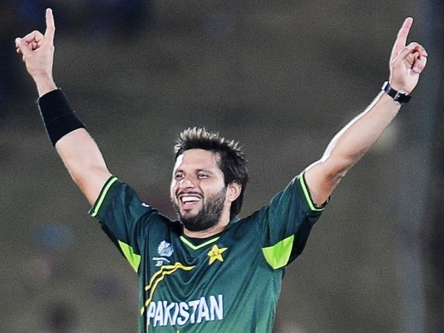 Top 10 Best Spin Bowlers In Current Cricket