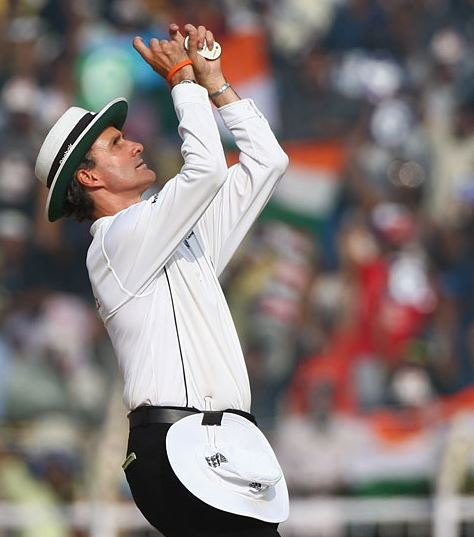 Top 10 Best Umpires in Cricket World 2015, Billy Bowden