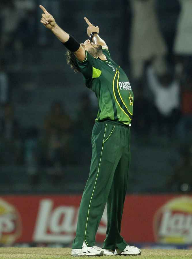 Top 10 Bowlers with Most Wickets in ODI Cricket History, Shahid Afridi