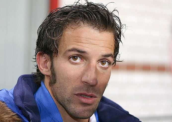 Top 10 best Penalty takers in the football world, Alessandro Del Piero