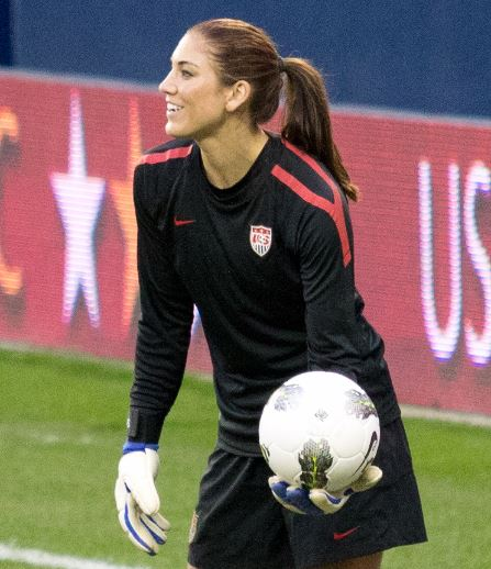 Top 10 Best looking Female Soccer Players 2015, Hope Solo