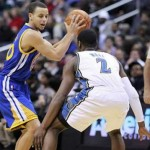 Stephen Curry leads Warriors to win over brother's Kings