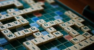 Scrabble board, list of popular board games